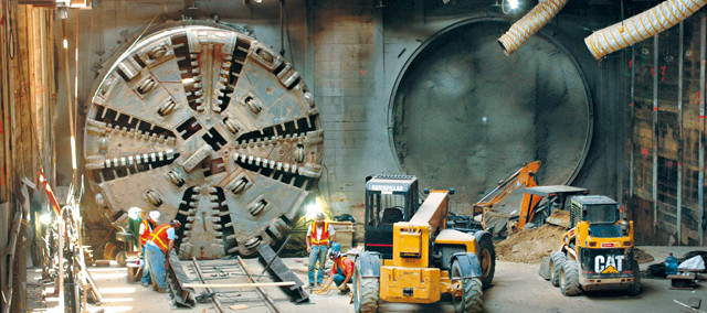 Hydraulic Service for Tunneling Machine